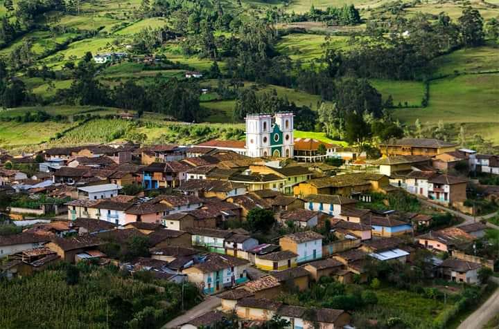 La parroquia Chuquiribamba pide que se permita la feria, como sucede en San Lucas.