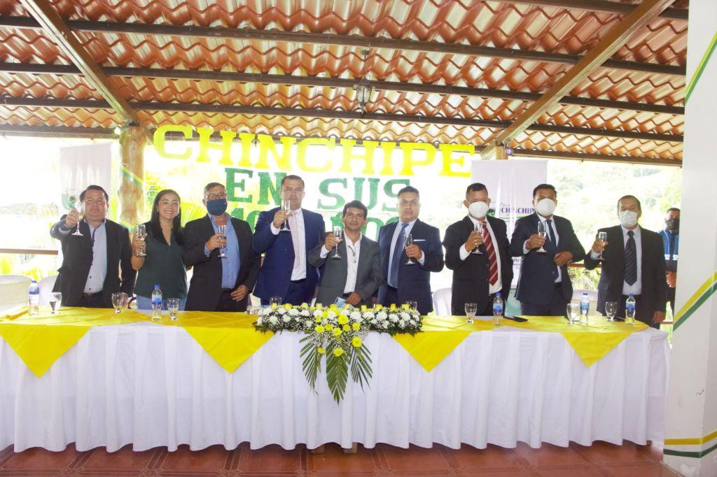 Varias autoridades estuvieron presentes en la sesión solemne por los 100 años de Chinchipe.