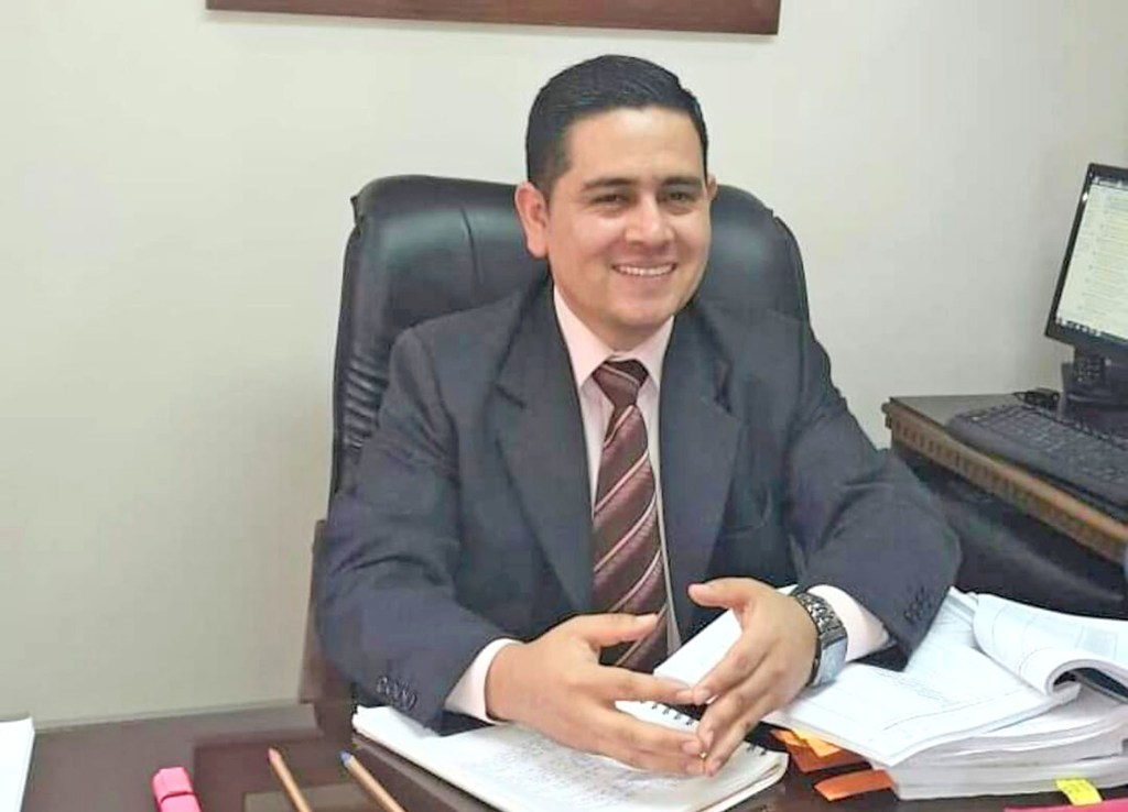 Carlos Bravo González es el abogado defensor de Carlos M. C.