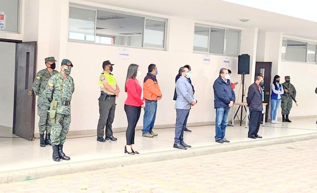 El simulacro se realizó en la unidad educativa Bernardo Valdivieso.