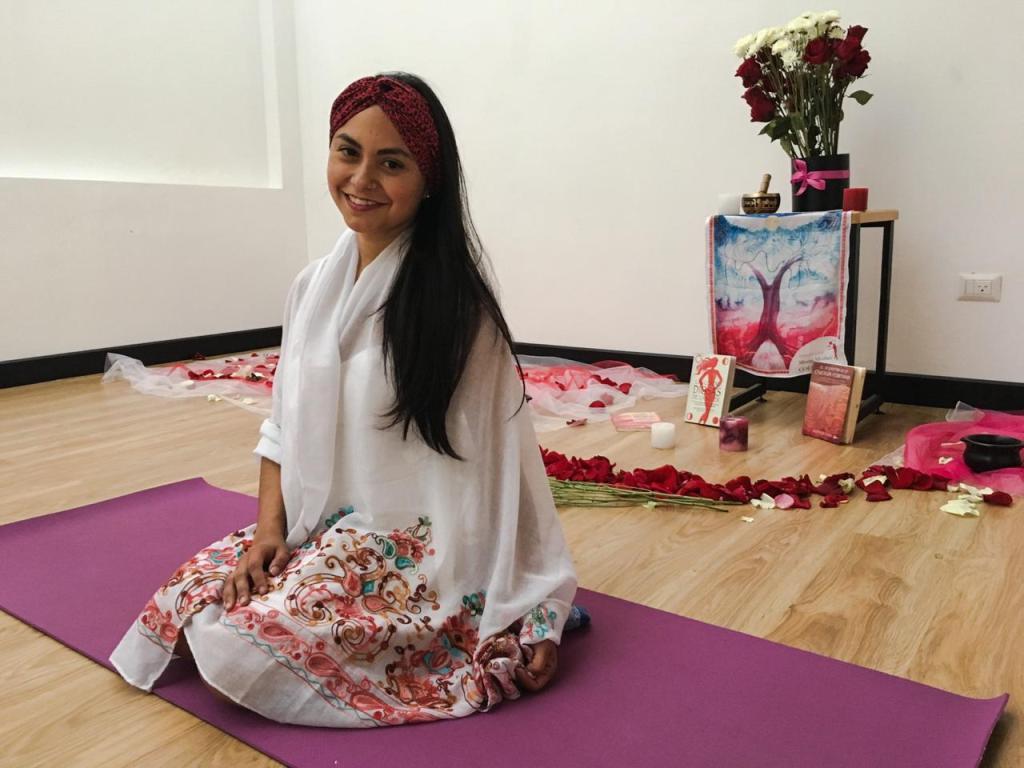Daniela Sofía Loayza Valarezo, psicóloga y experta en yoga, es la organizadora de la actividad.