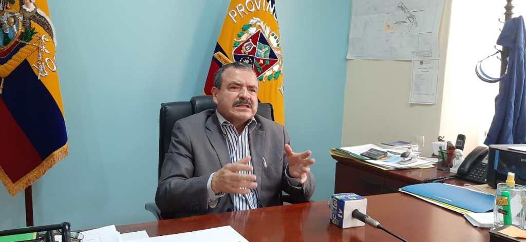 Oscar Muñoz Apolo lamenta que algunos candidatos no hayan asistido a la mesa redonda.