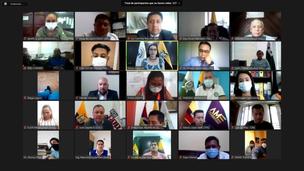 La reunión se cumplió aprovechando la tecnología.
