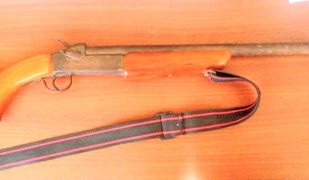 El arma de fuego es de fabricación artesanal.