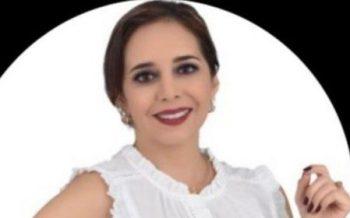 La flamante presidenta, Mónica Valarezo Tenorio, dice que la dignidad la recibe con humildad y con un alto sentido de responsabilidad.