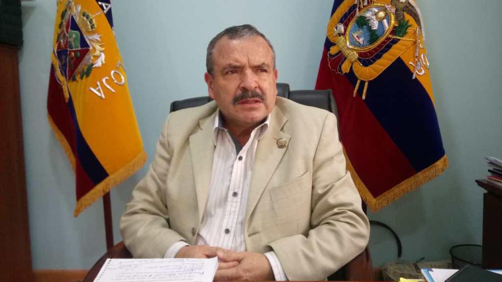 """El dirigente, Oscar L. Muñoz A., dice que """"acuerdos de los grupos políticos de turno"""" y el centralismo abrumador perjudican a Loja."""