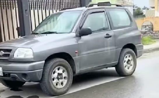 El carro fue abandonado en un barrio del norte de la localidad