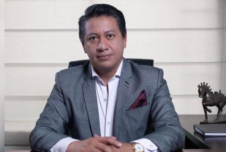 Carlos Vladimir Granda Tandazo, director General de Estrategia Consultores.