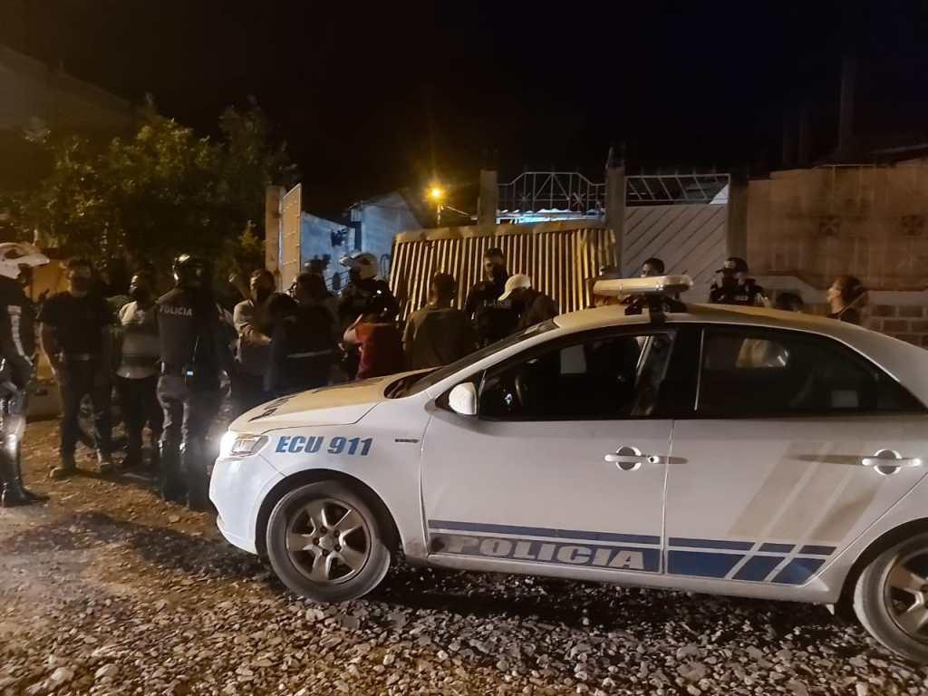 La acción se cumplió en la noche del viernes pasado, 30 minutos después de iniciados el toque de queda y el confinamiento total.