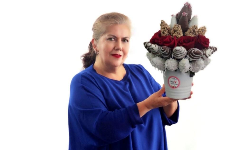 'Dilo con frutas' nació de la iniciativa de Graciela Córdova. Ella cuenta con el apoyo de sus cinco hijos.