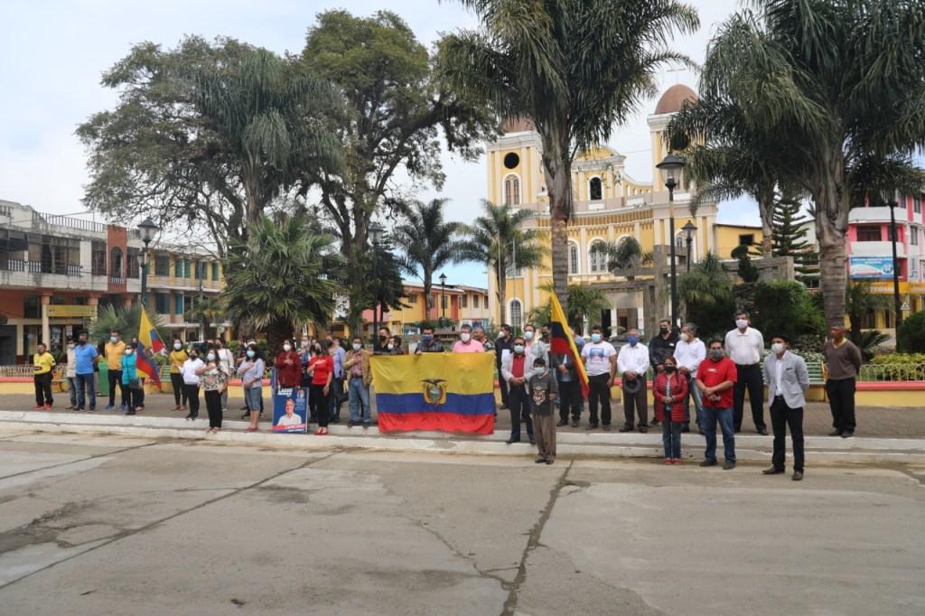 Tras el desfile, hubo una concentración en la plaza central.