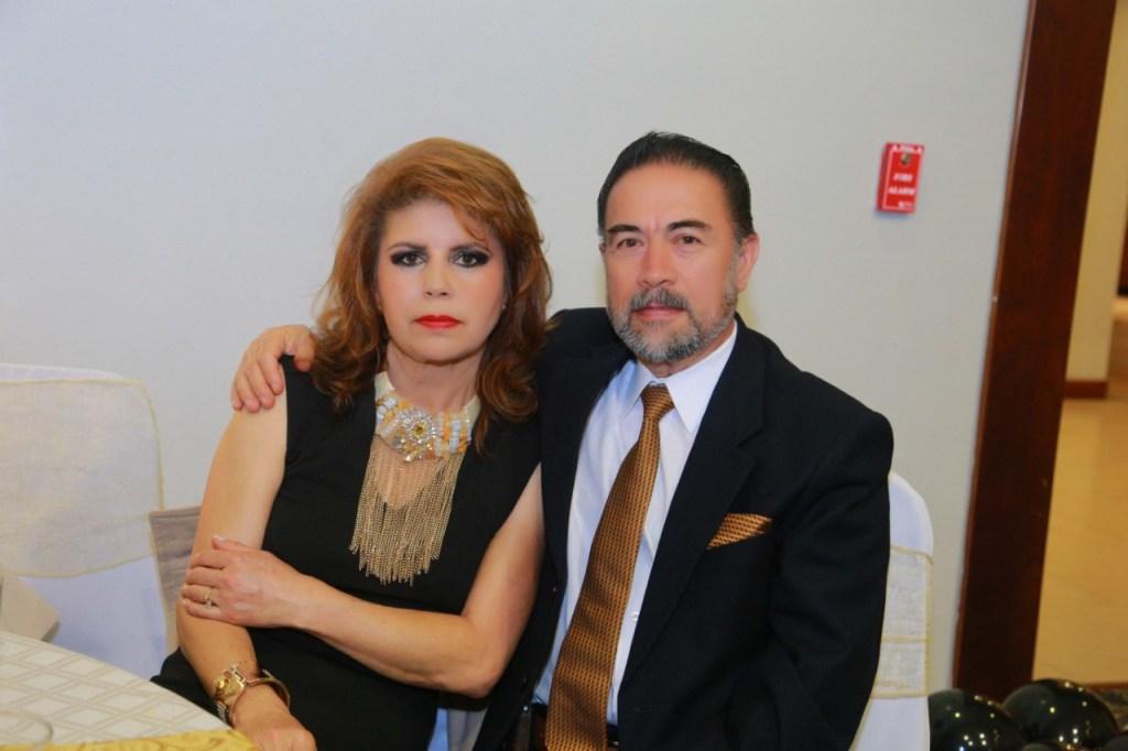 María Elena León y Leonardo Valdiviezo.