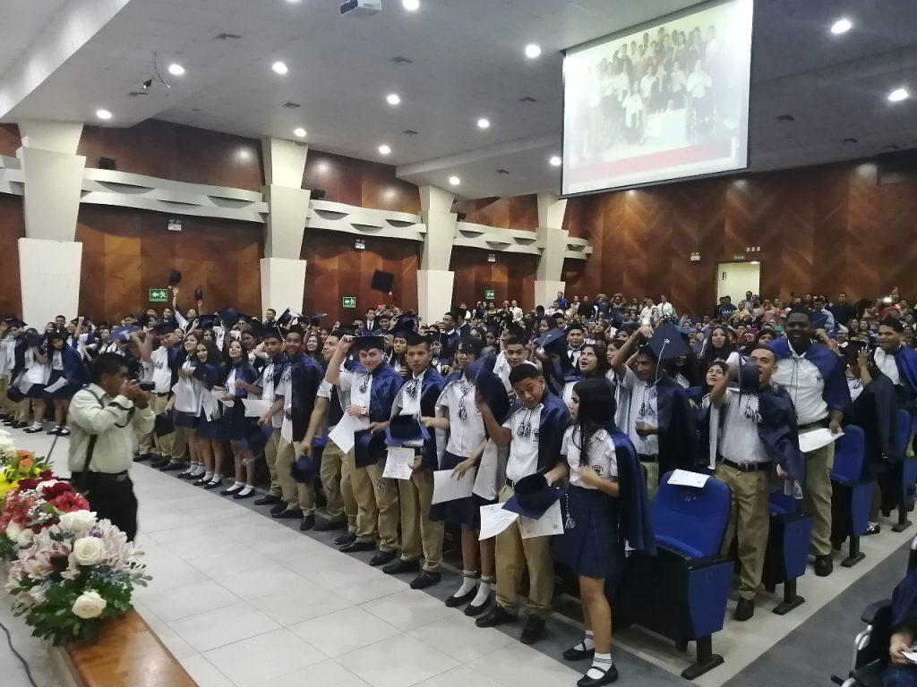 Los alumnos tendrán la opción de participar presencialmente de la graduación pero con aforo limitado.