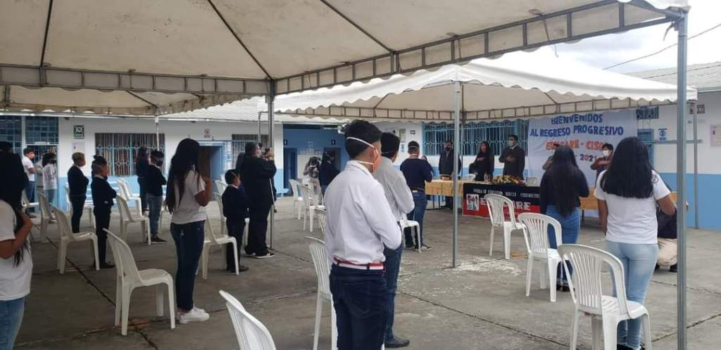Se realizó un evento con la presencia de autoridades.