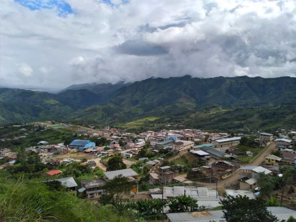 La ciudad de Zumba, en el cantón Chinchipe, limita con el Perú.