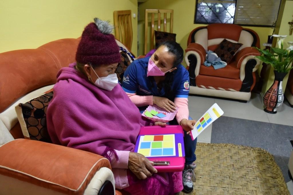 Los beneficiarios reciben terapias.
