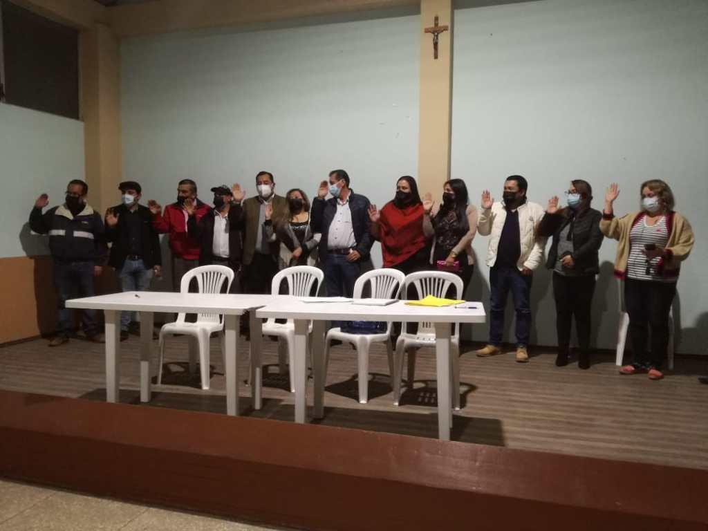 La elección del nuevo directorio se cumplió el viernes anterior, con la presencia de diversos presidentes barriales.