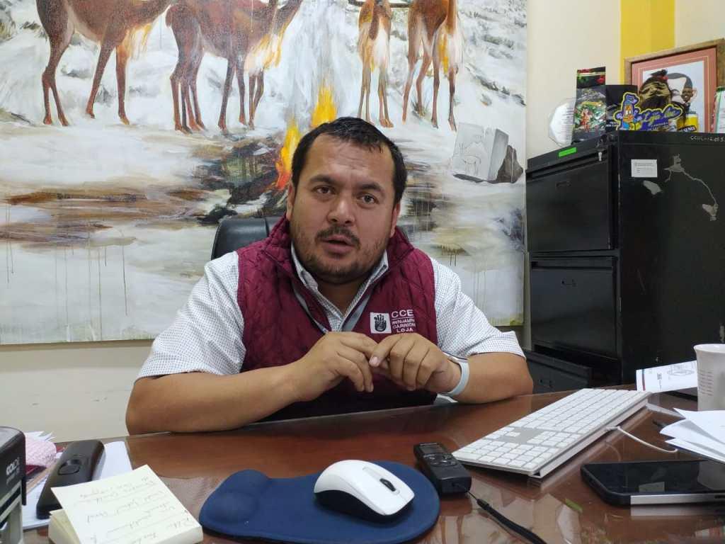Julio Espinoza Bustamante invita a miembros correspondientes de la CCE-L e integrantes del RUAC a que acudan a votar este viernes, en el horario de 08:00 a 17:00.