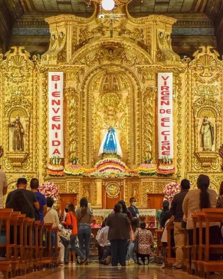 El Templo permanece con un 50% máximo del aforo.