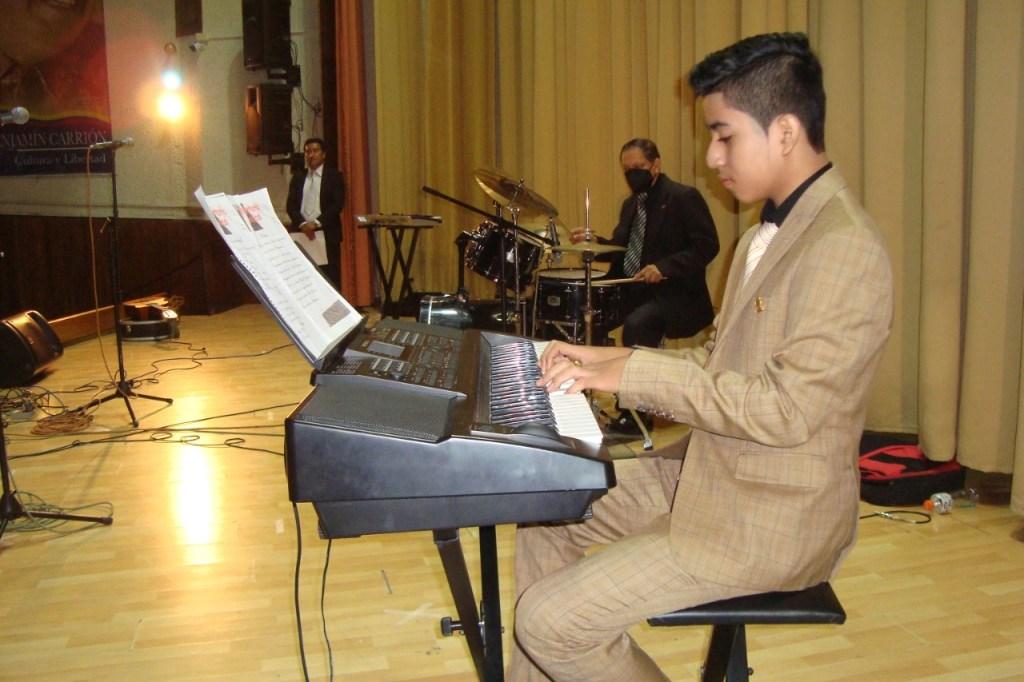 El joven pianista, Wilson David Moreno Rosales, fue uno de los artistas postulantes.
