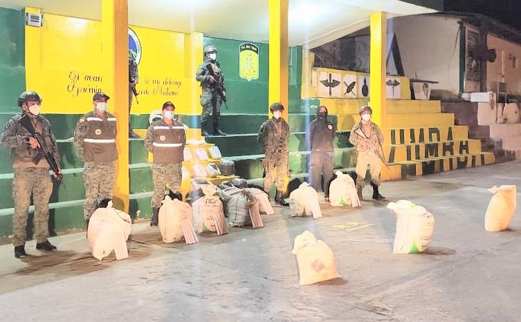 Los uniformados detectaron la infracción al evidenciarse la ausencia total de las normas técnicas de almacenamiento.