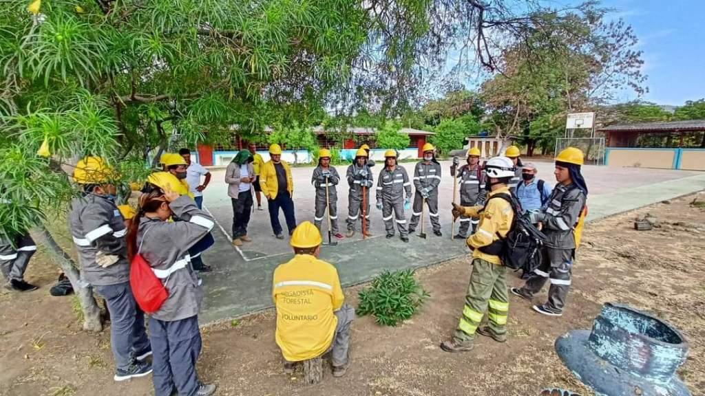 La actividad busca que las personas ayudan en el manejo integral del fuego.