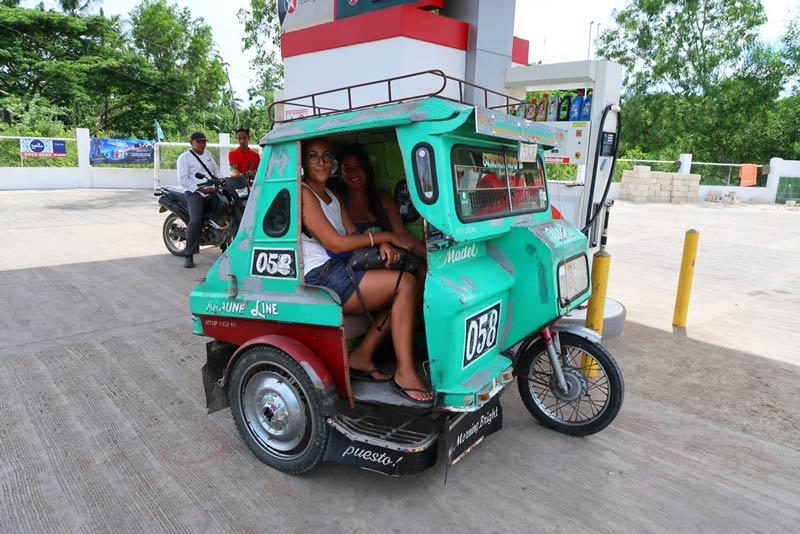 Filipinas Triciclo musy y alba