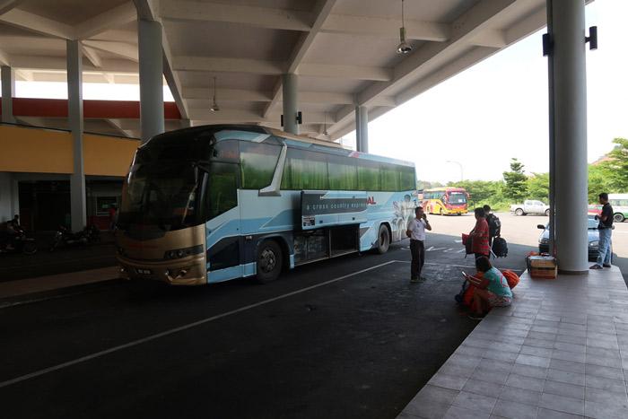 viajar malasia presupuesto autobus