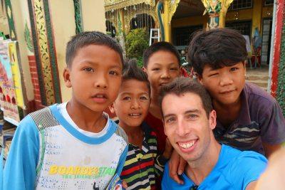 los niños de Myanmar lo mejor
