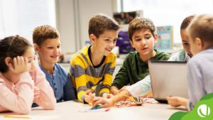 Você sabe o que é protagonismo do aluno? Confira no post o que é essa metodologia e como pode ser aplicada para melhorar o desempenho dos estudantes.