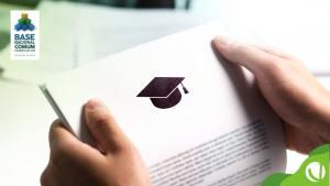 Saiba como a Base Nacional Comum Curricular (BNCC) foi elaborada e qual o seu impacto na educação e no currículo das escolas.
