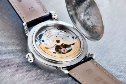 Frederique Constant Classic Manufacture Moonphase acero trasera