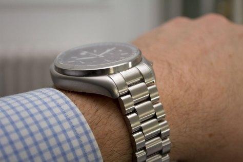 bulova-moon-watch-9-horasyminutos