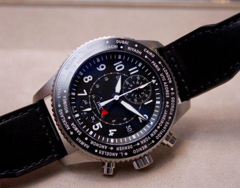 IWC-Pilots-Watch-Timezoner-Chronograph-2-HorasyMinutos