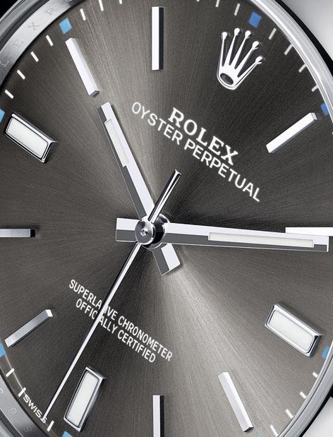 Rolex-Oyster-Perpetual-39-mm-esfera-gris-detalle-Horasyminutos