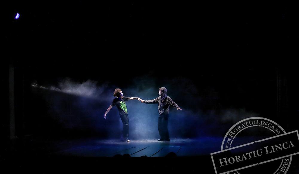 teatru – necuvinte – 12 Toni Dumitrescu si Ana Pepine copyright Horatiu Linca