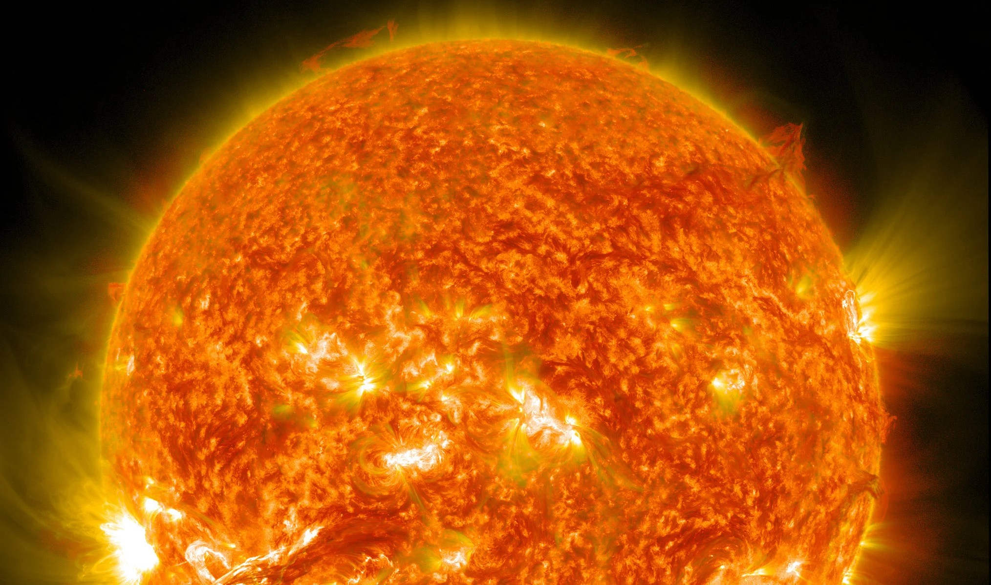 At the outermost edges of the sun's atmosphere the temperature rises to several million degrees Celsuis.