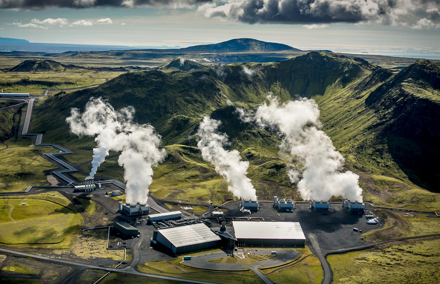 Scientists at Hellisheidi geothermal power plant in Iceland have demonstrated a carbon capture and storage cycle at half the cost of previous estimates.