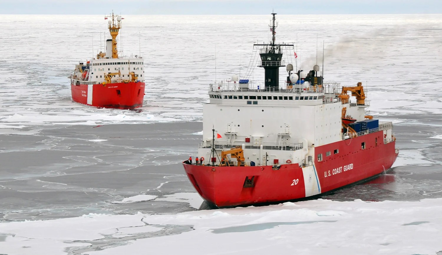 Increased maritime traffic raises the risks of oil spills in the Arctic.