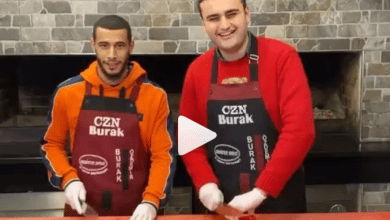 """صورة بالفيديو..يوسف بلهندة يستعرض قدراته في اعداد الطعام رفقة الشاف """"براك"""""""