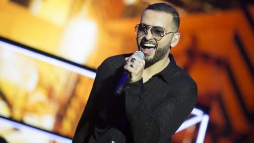 """أمينوكس يتبرع بمداخيل أغنيته الجديدة """"ميمتي"""" للأسر المعوزة"""