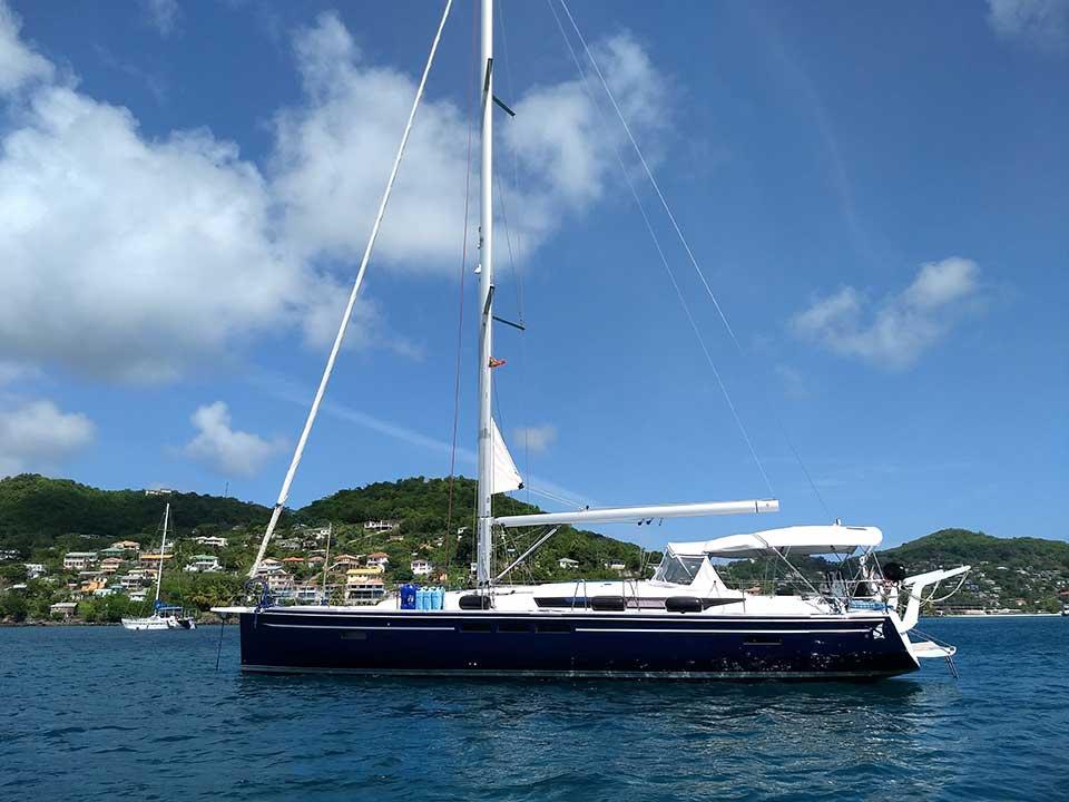 Experience The Dauntless Crewed Yachts With Horizon
