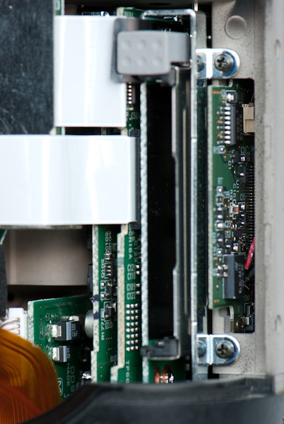D2H CompactFlash socket