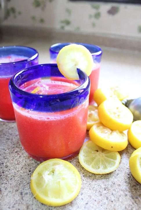 Limonada de fresa fresca