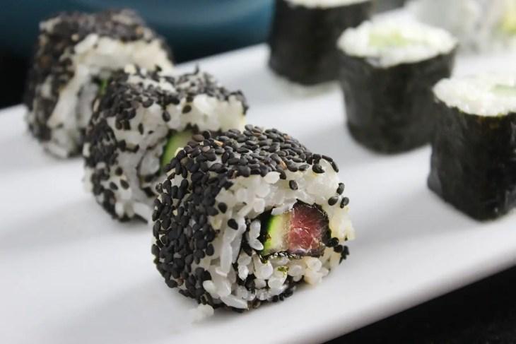Maki sushi rolls recipe