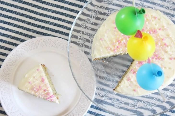 funfetti srpinkles cake