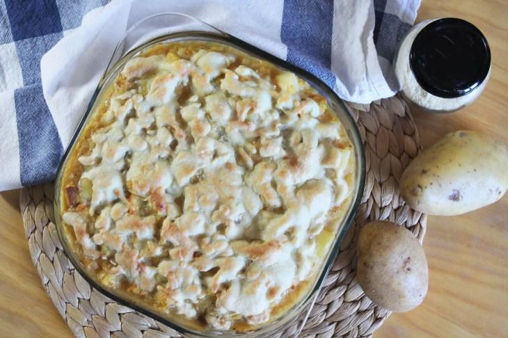 Gratinado vegano de patata y col receta