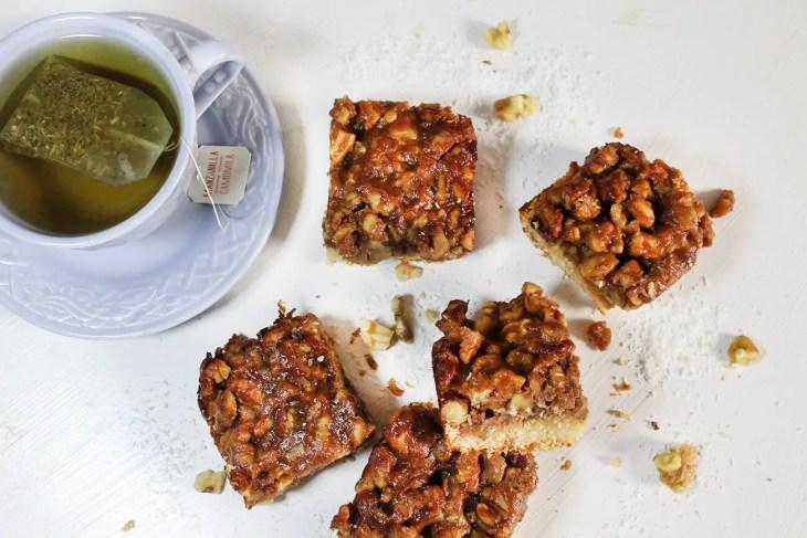Healthy nut bars recipe