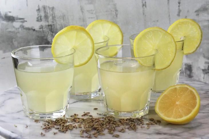 Como hacer limonada de lavanda