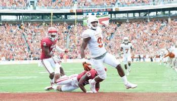 John Harris runs in a touchdown against Oklahoma on Saturday Oct. 11th (Photo: Jesse Drohen).